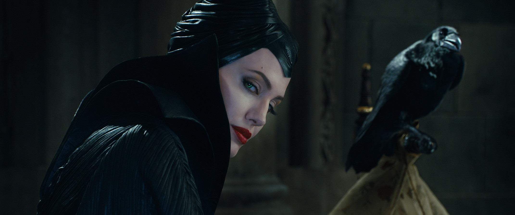14-new-stills-from-disney-s-maleficent